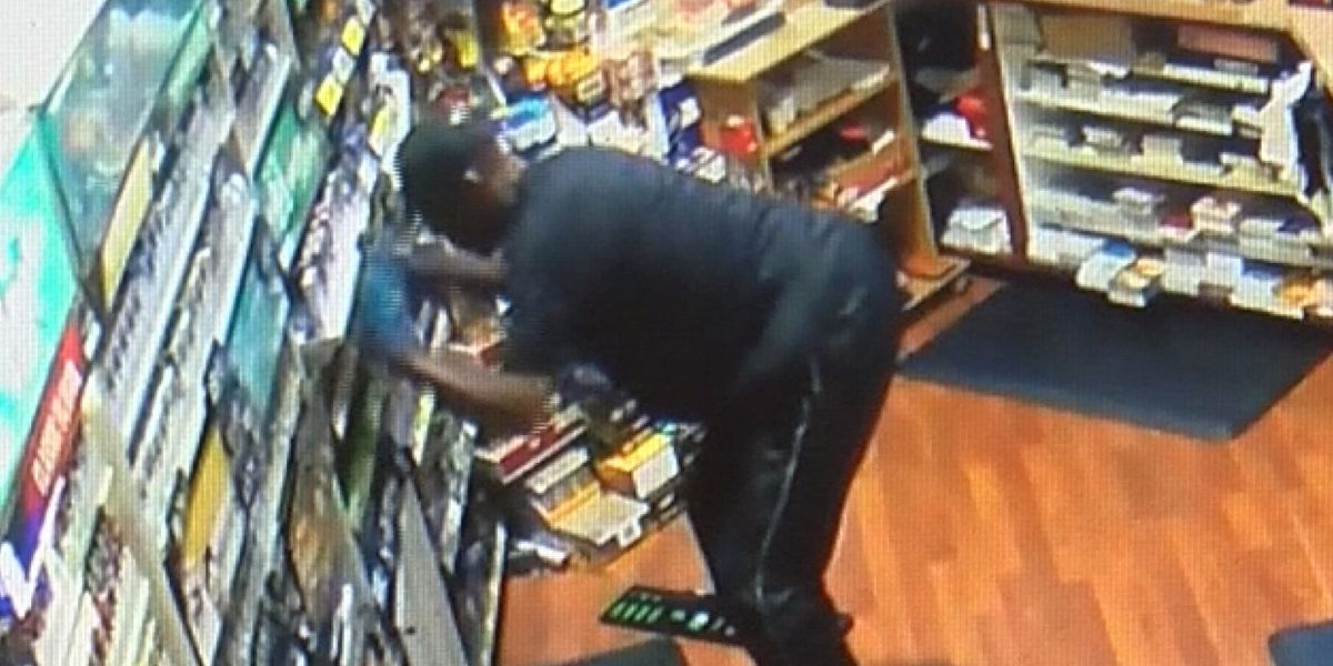 Crime Stoppers: Police searching for man who stole hundreds of dollars worth of cigarrettes from west Charlotte store