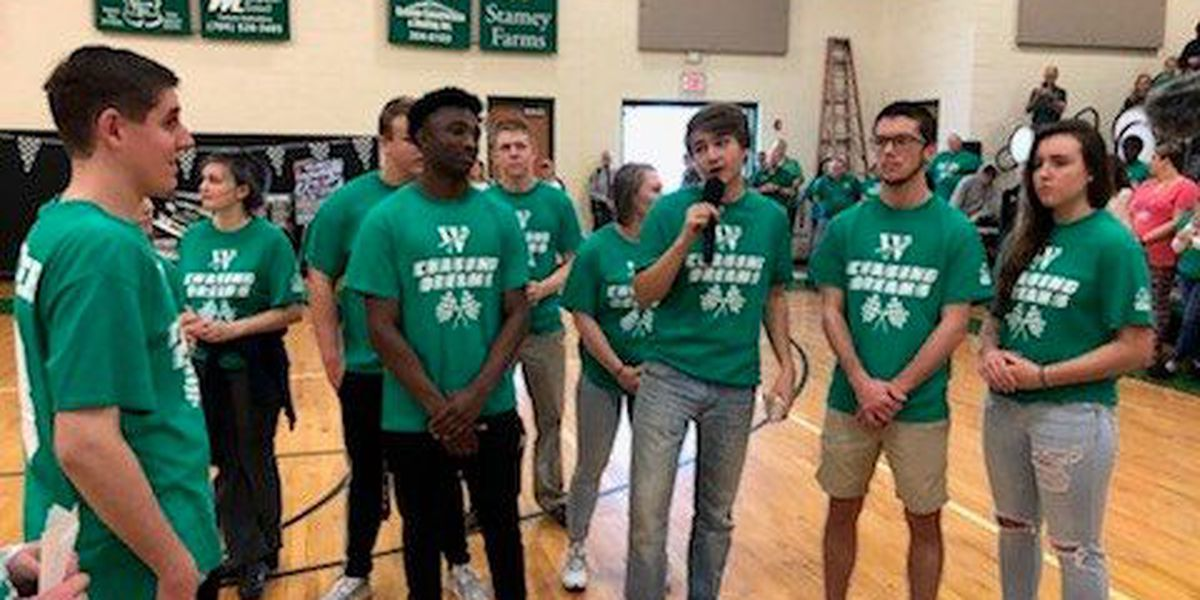 Student body in Statesville gives student 'dream of his life'