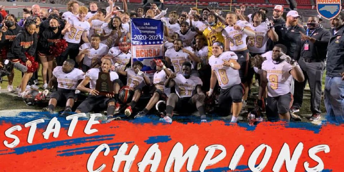 Salisbury Hornets win state high school football championship