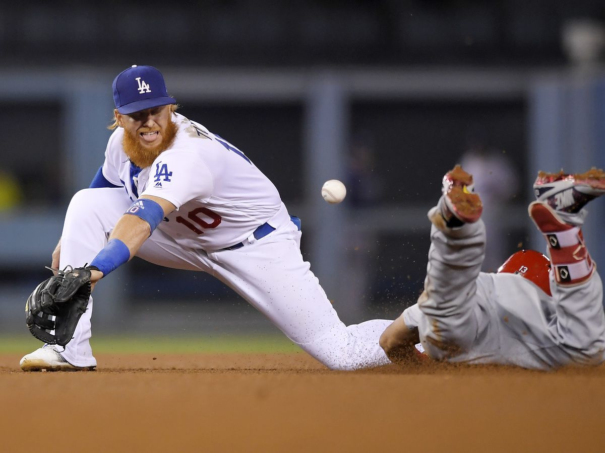 Dodgers' Justin Turner removed from World Series-clinching win due to positive COVID-19 test