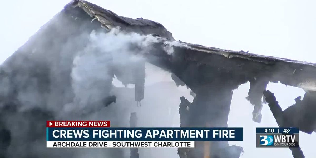 Crews battle apartment fire in south Charlotte