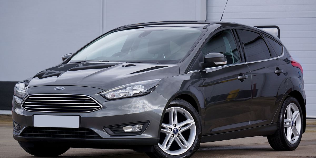 ford issues recall for some focus 2012 18 vehicles. Black Bedroom Furniture Sets. Home Design Ideas