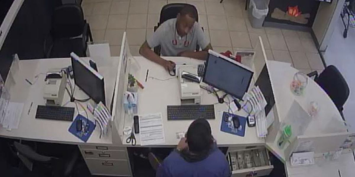 Rowan Co. deputies searching for man accused of identity theft