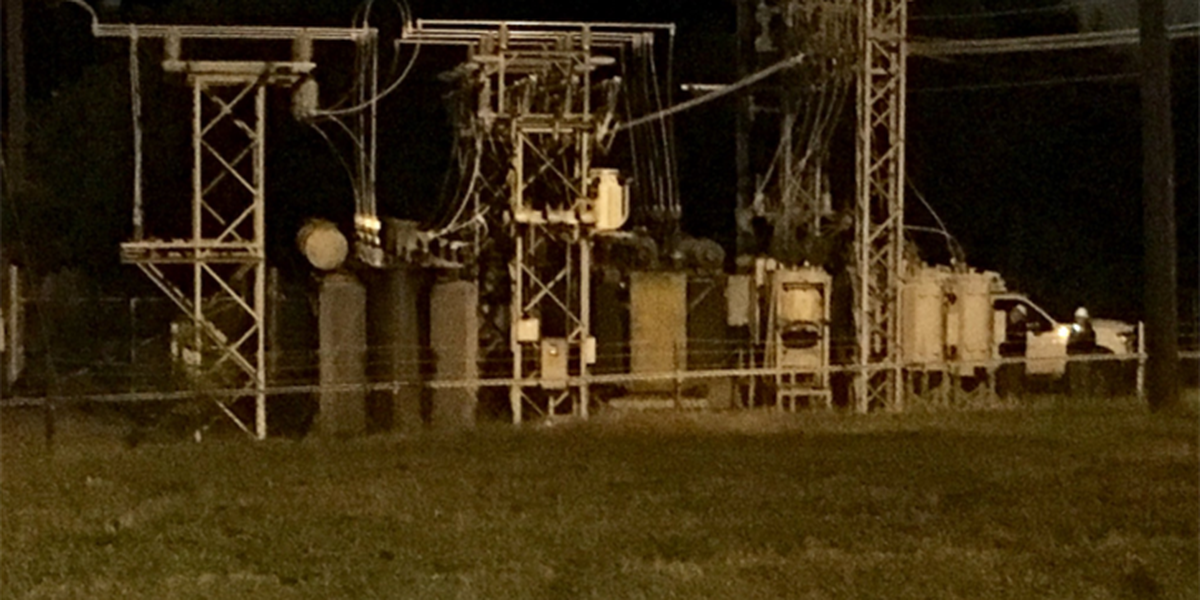 Damaged equipment causes over 800 power outages near uptown Charlotte