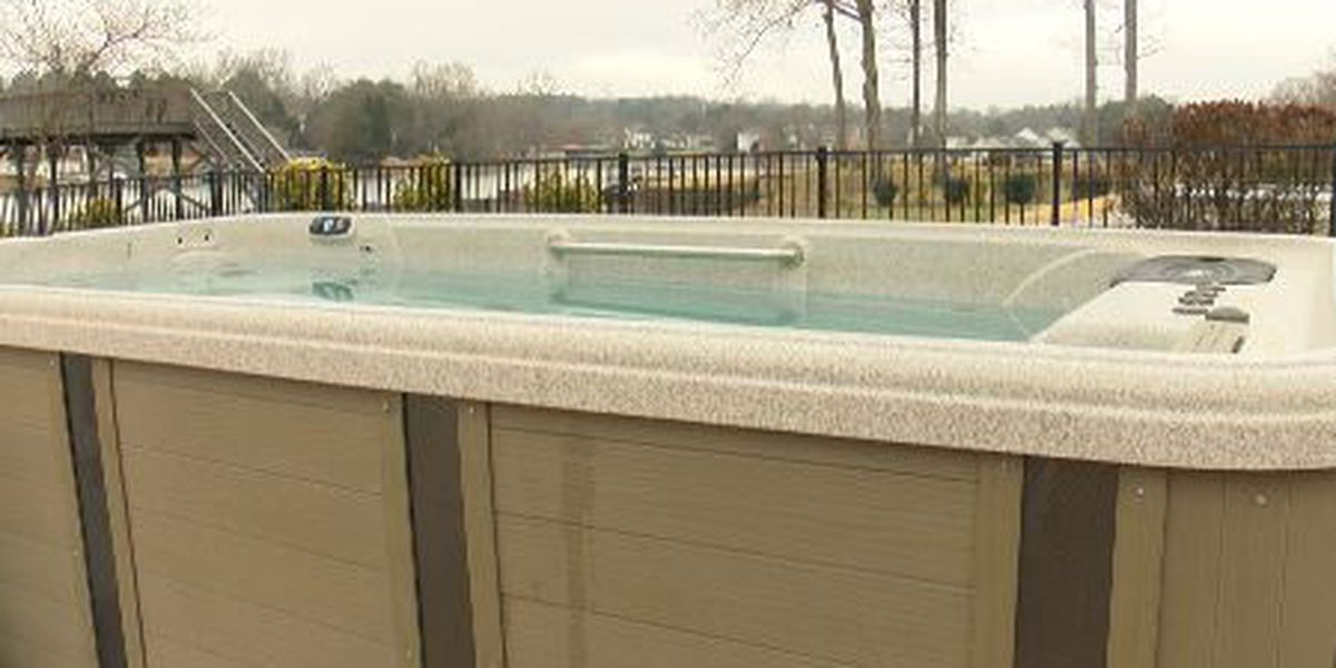Mooresville woman paid company nearly $1,000 for swim spa repair - months later, no fix