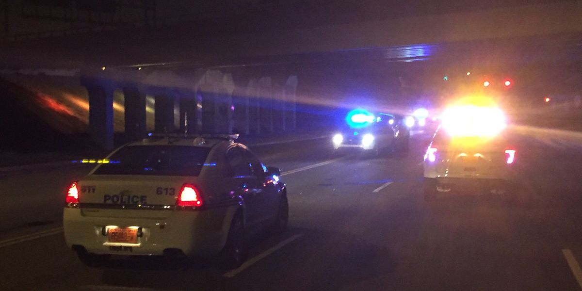 Bicyclist struck by vehicle in west Charlotte