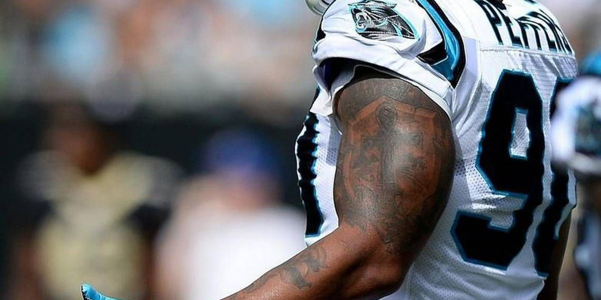 Panthers DE Julius Peppers explains decision to stay off field for national anthem