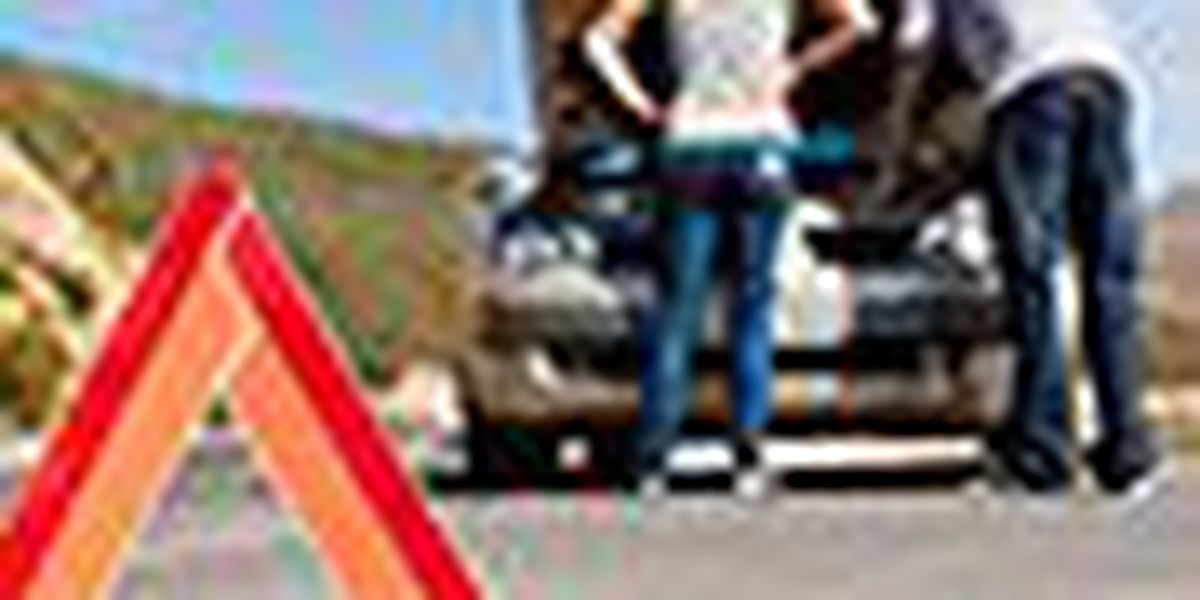 Pack an emergency roadside kit for your end of summer road trip!