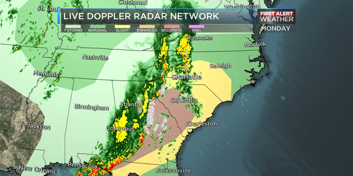 First Alert: Strong to severe thunderstorms through the evening commute