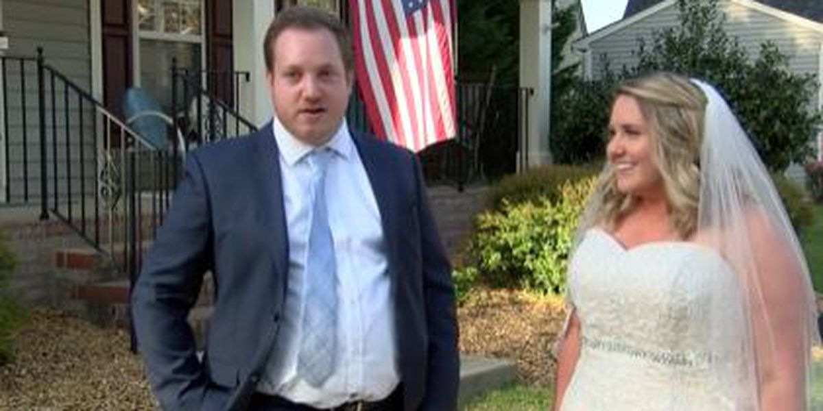 Charlotte couple goes on with small porch wedding amid COVID-19 pandemic
