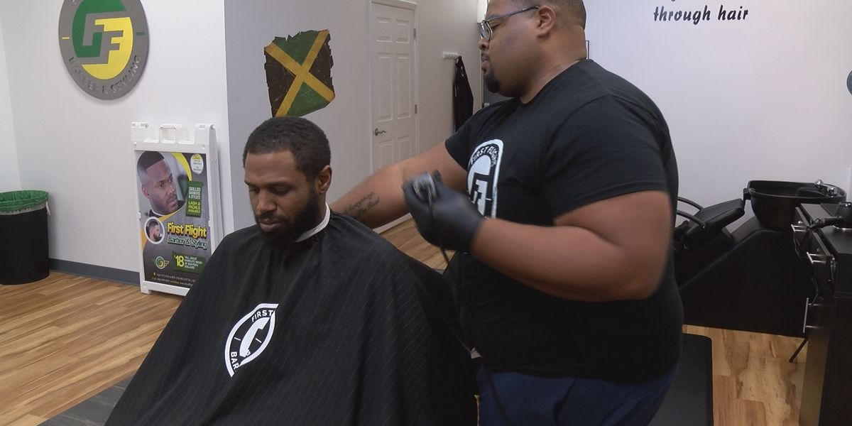Barbers say they can't afford to practice 'social distance' during coronavirus outbreak