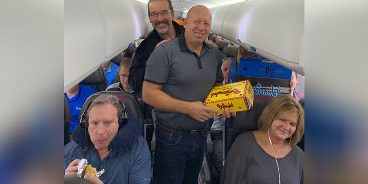 'It's Bo Time!' Bojangles' CEO, COO surprise entire Charlotte flight with fresh biscuits