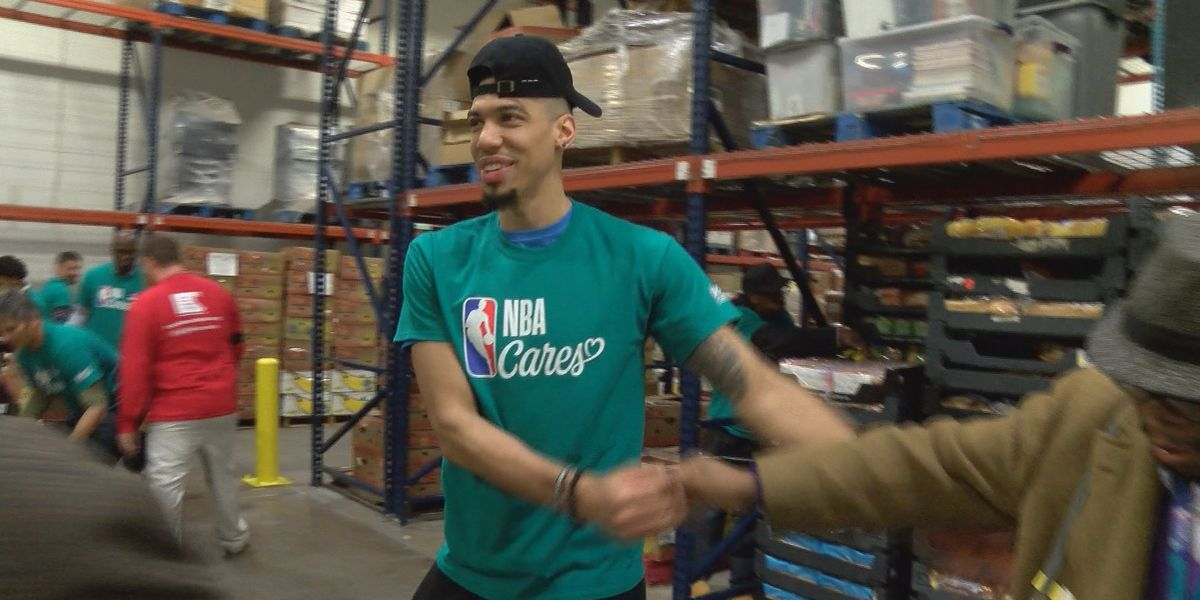 NBA players help pack 200,000 lbs worth of food for Charlotte families in need