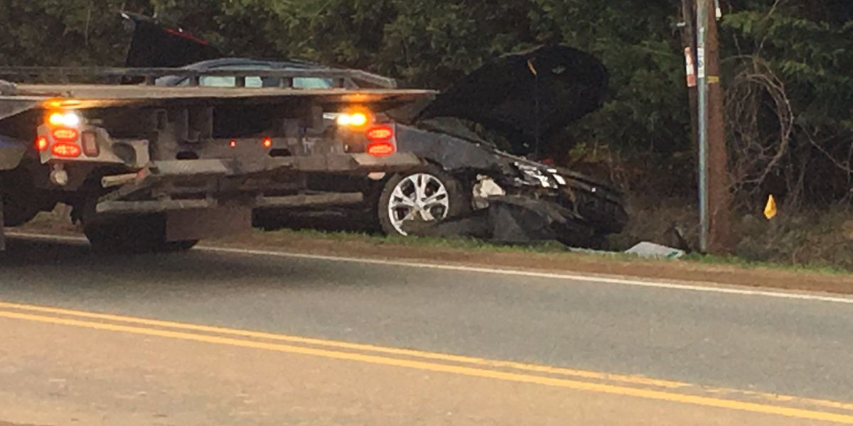Two-vehicle crash causes delays on north Charlotte road