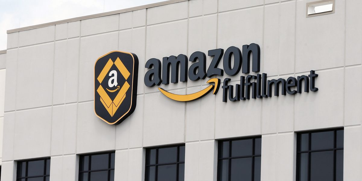 Amazon to hire 1,000 in Charlotte area, 2,500 across Carolinas to keep up with order surges