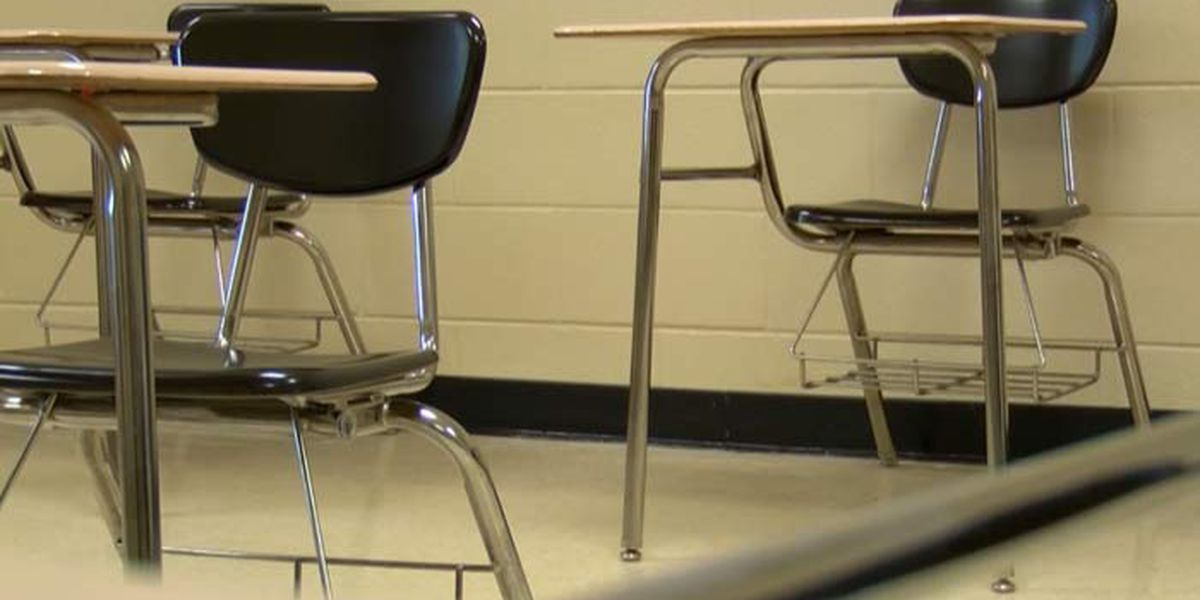 CMS opts to keep students in school amid Thursday's severe storms, saying it's safer