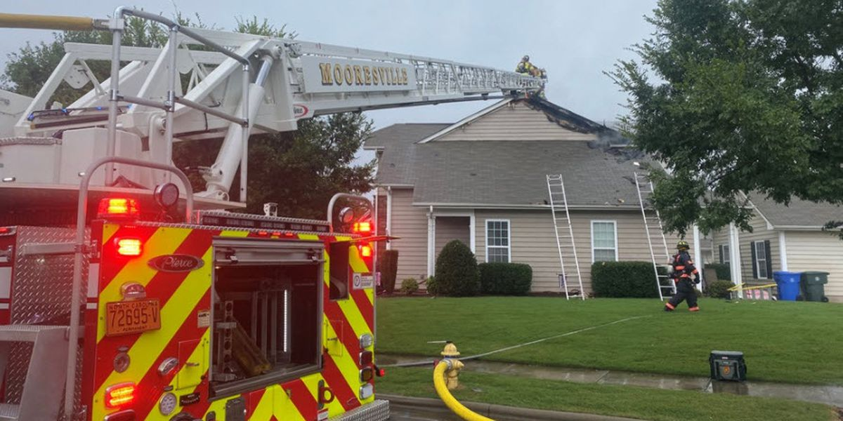 Lightning strikes four Mooresville homes, sparks fire during Monday's storms