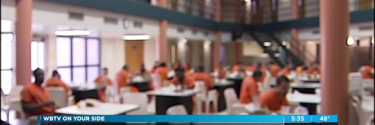 Sheriff to temporarily restore in-person visits at Mecklenburg County Jail for the holidays