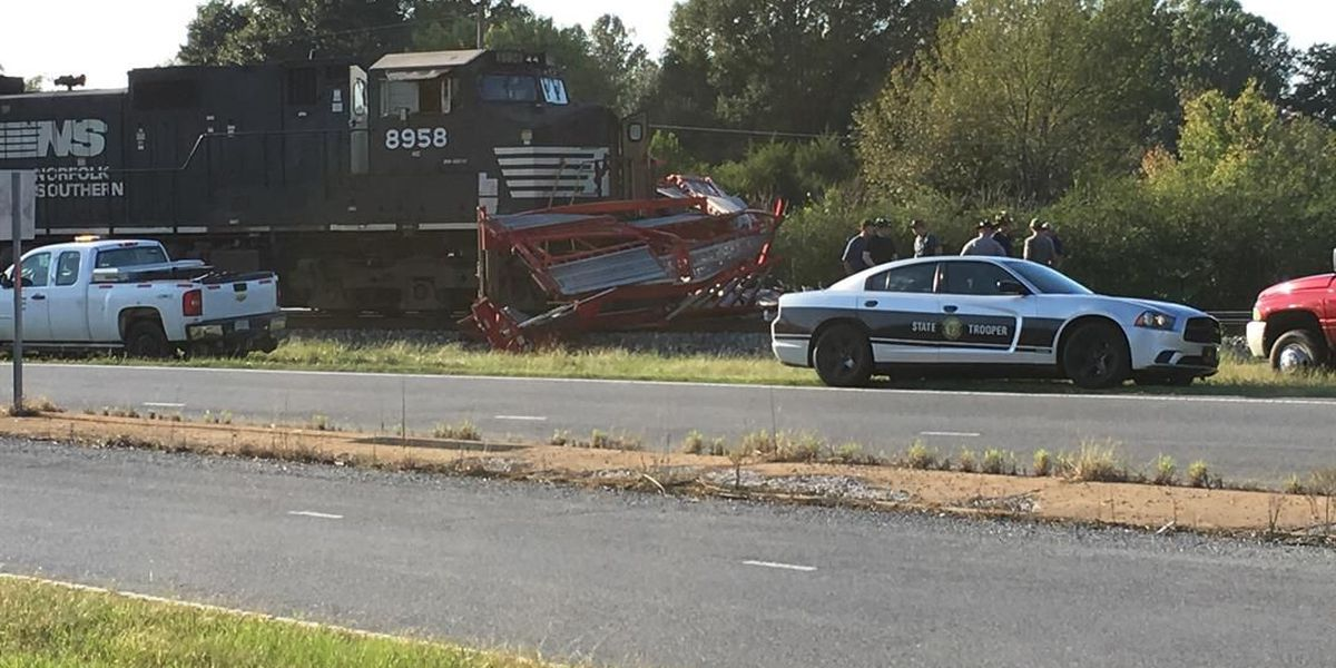 Train hits tractor trailer in Cleveland County