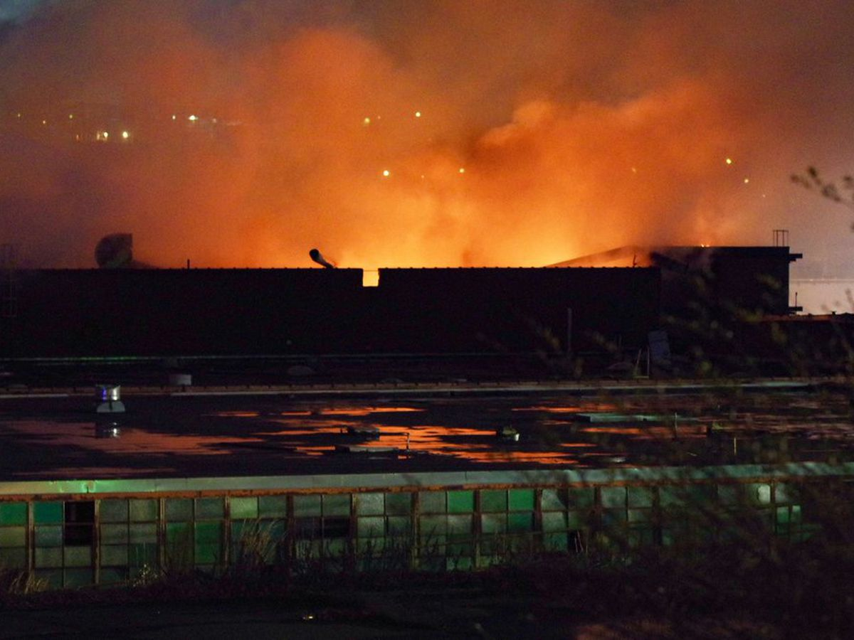 Investigators: Massive fire at old factory in Lenoir was