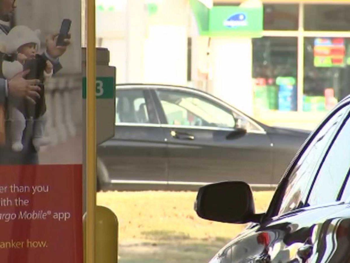 Woman loses $9K in drive-thru mishap at bank