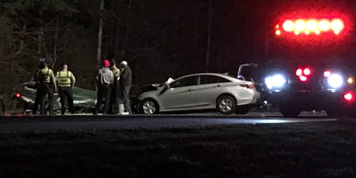 Person dies at hospital following rollover wreck on I-485