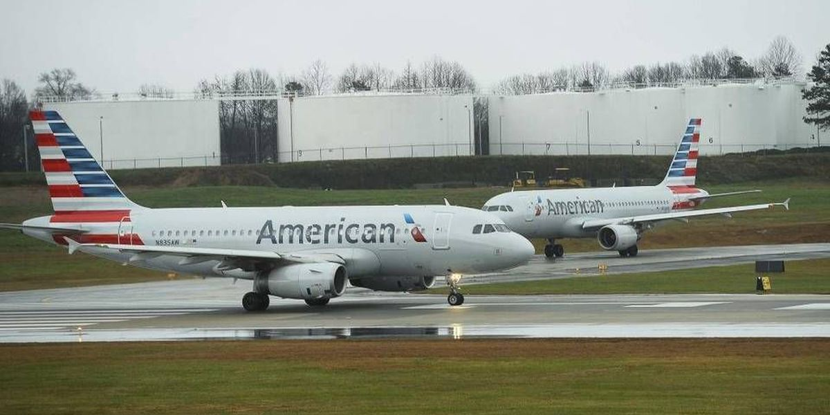 Seven crew members treated after possible odor on flight from Charlotte