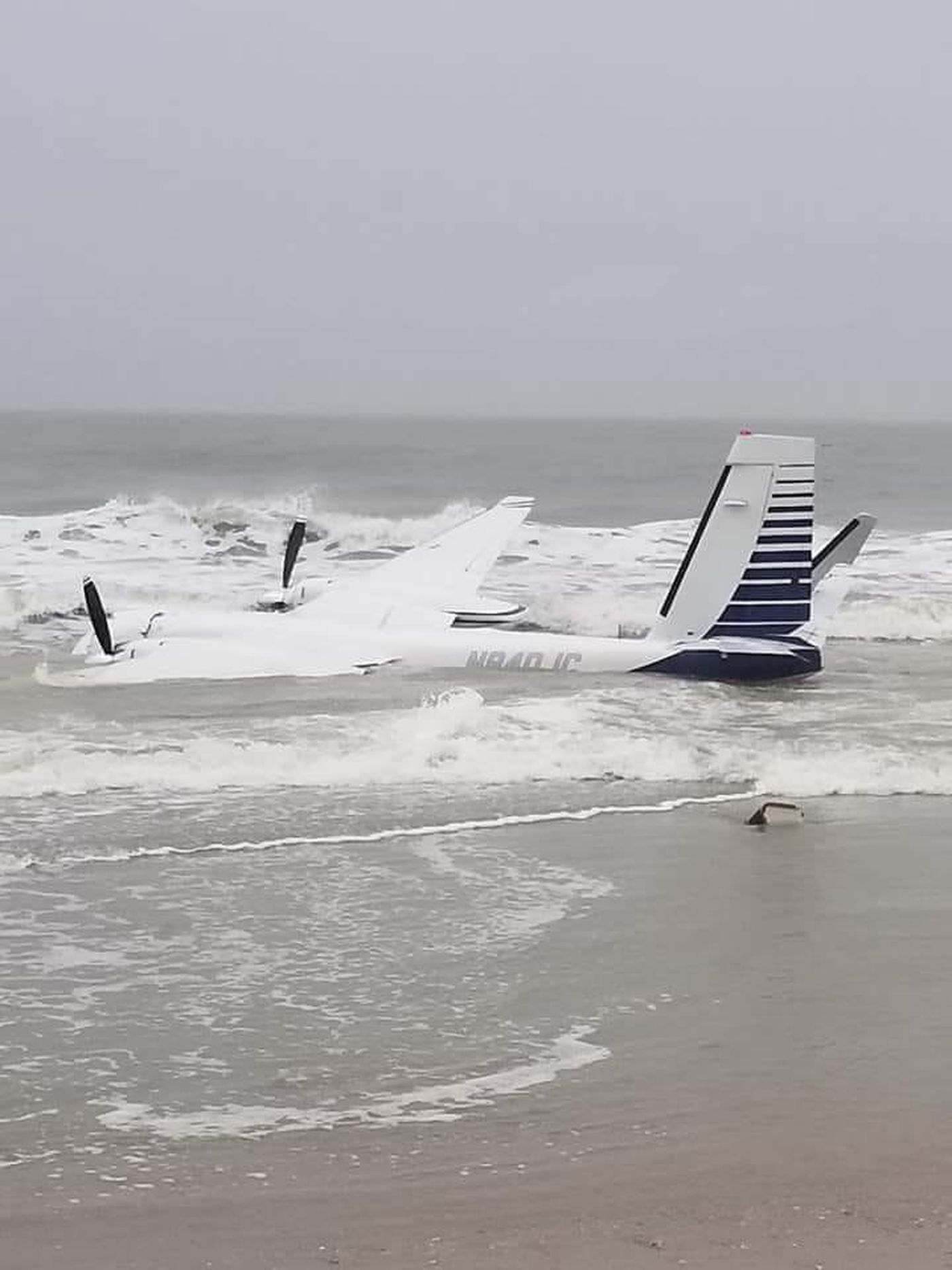 A Plane Landed In The Water Monday Near Springmaid Pier In Myrtle Beach Source