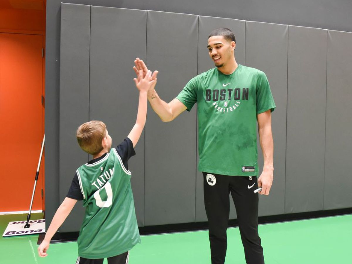 Dream on 3: Sam has the ultimate Boston sports trip