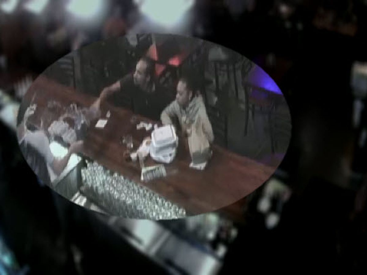 VIDEO: Man throws glass at bartender's face at Pinky's Westside Grill