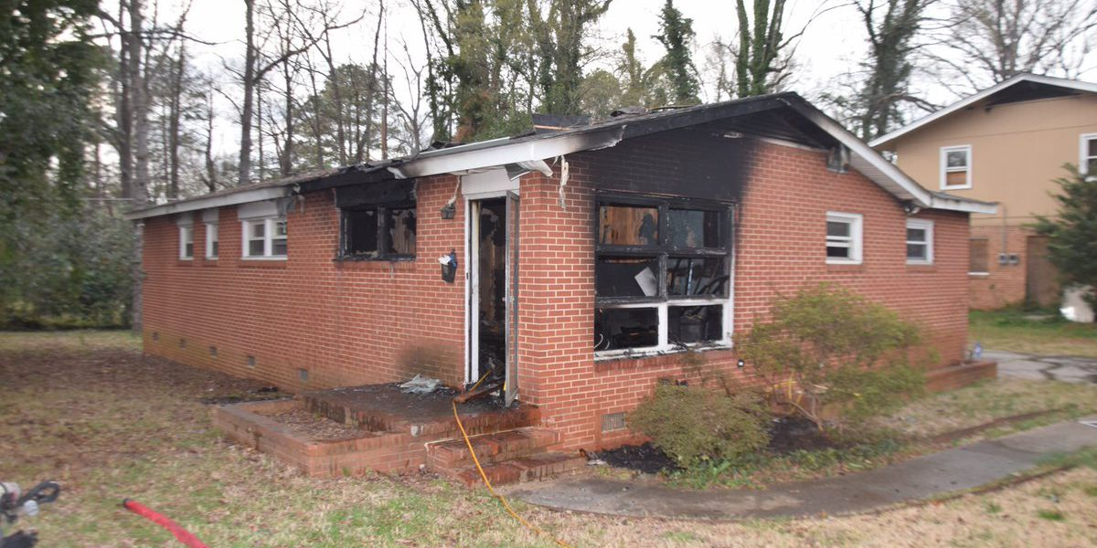 Residents displaced after fire caused by electrical problem at northeast Charlotte home