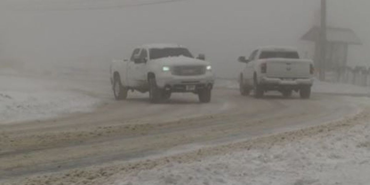 Snow and bitter cold sweep across the North Carolina mountains