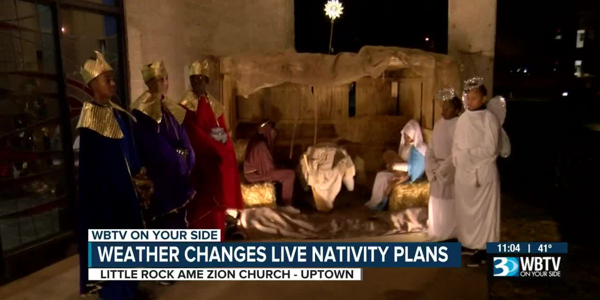 Despite chilly, wet weather, Little Rock A.M.E. Zion Church holds live nativity scene
