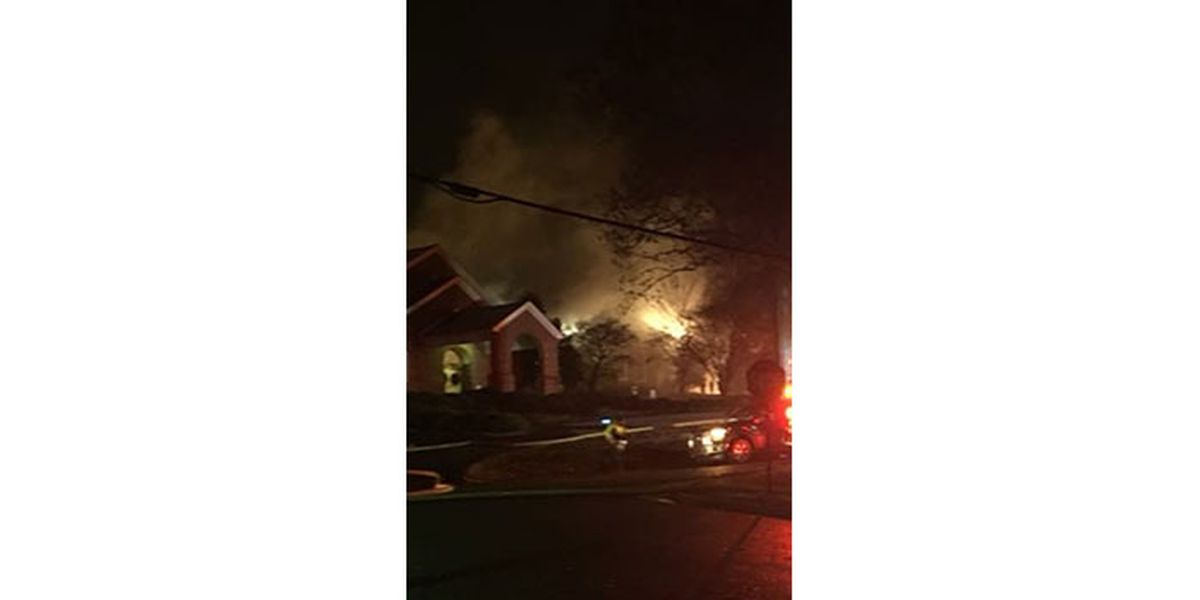 Crews battle heavy fire at church in Fort Mill