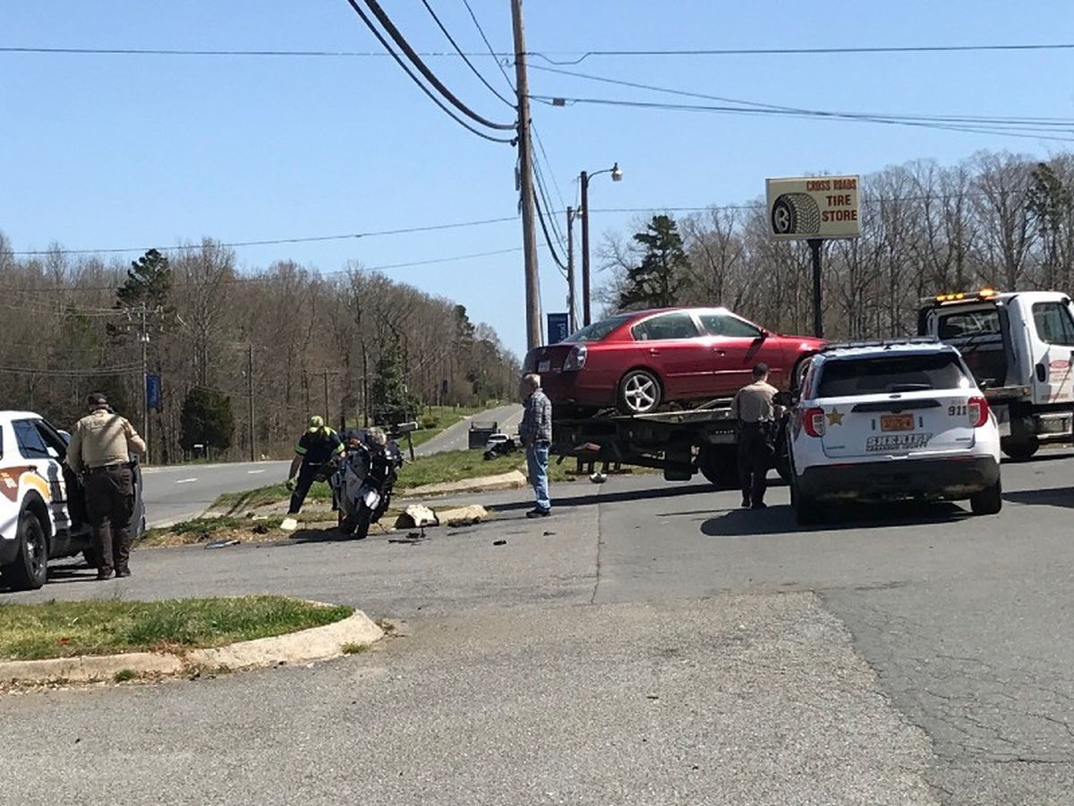 Motorcyclist flown to hospital with serious injuries after crash in Midland, N.C.