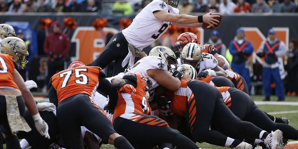 Bengals fire defensive coordinator after rout by Saints