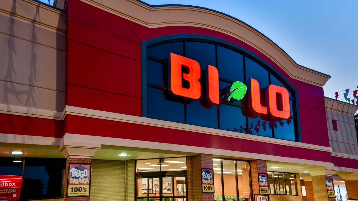 Longtime grocer to close two more stores in the Charlotte area within weeks
