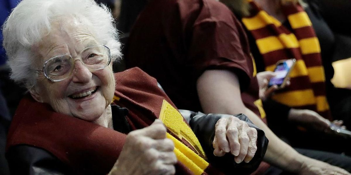 101-year-old Sister Jean, beloved Loyola Chicago fan, is vaccinated and cleared to go to NCAA Tournament
