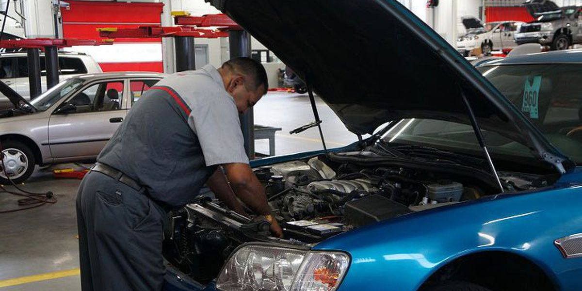 Learn how to make your car battery last longer with these easy tips!