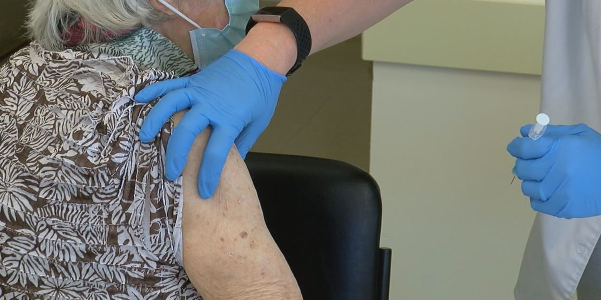 Vaccine clinics urging 65 and older group to book appointments before Phase 1B