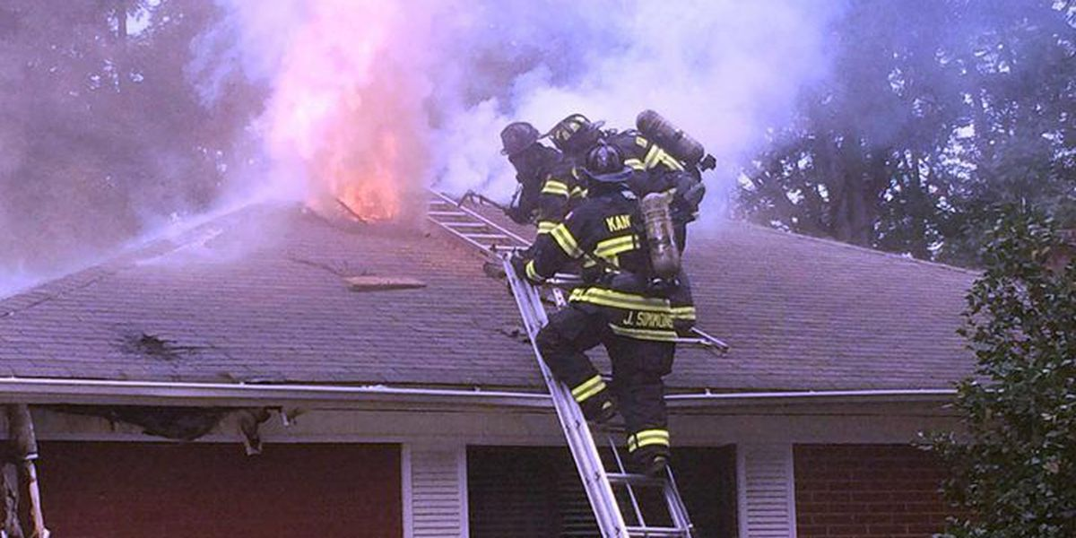 Fire damages Kannapolis home
