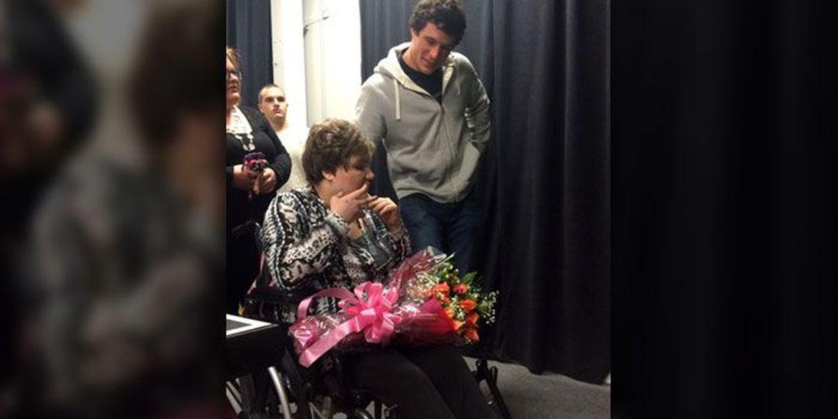 Luke Kuechly surprises girl with cerebral palsy, autism as date to 21st birthday party
