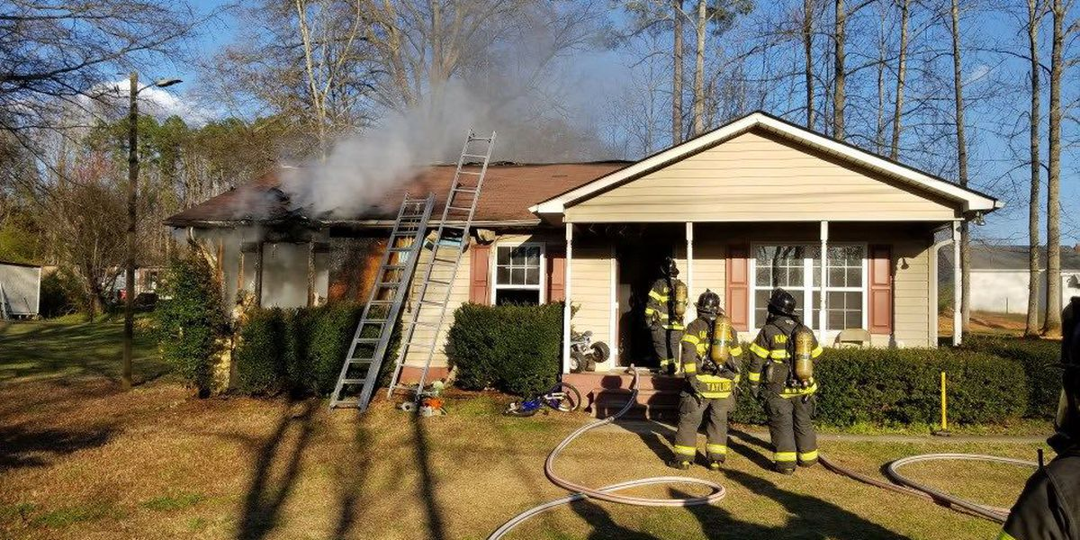 Five displaced after house fire in Kannapolis