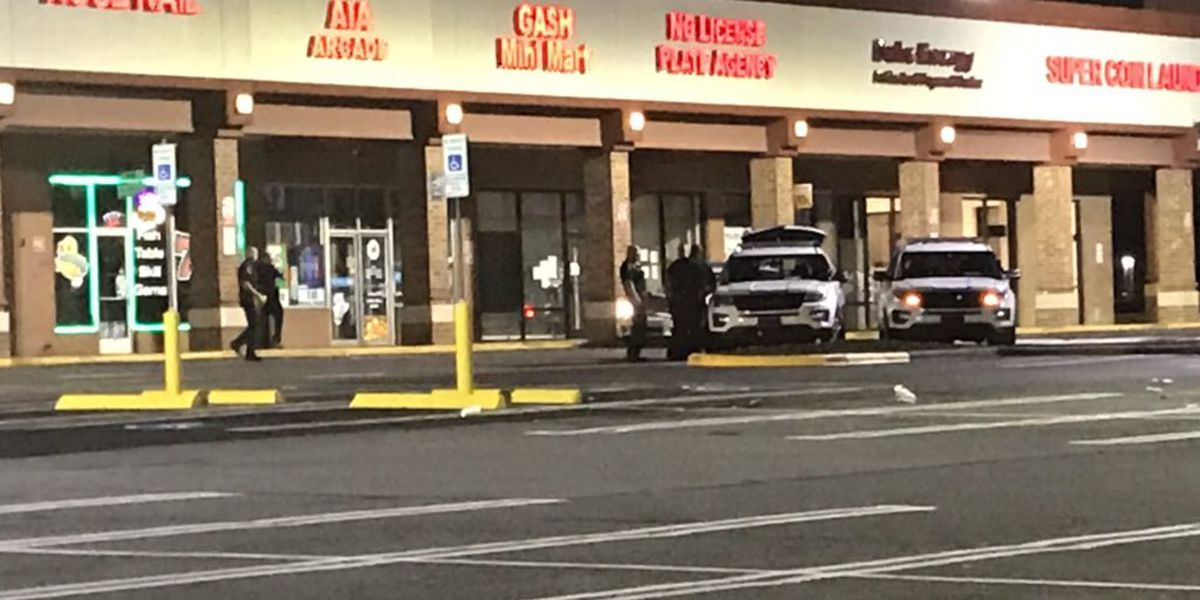 Armed robbery suspect shot in gunfire exchange with security guard near Charlotte arcade, two others wanted