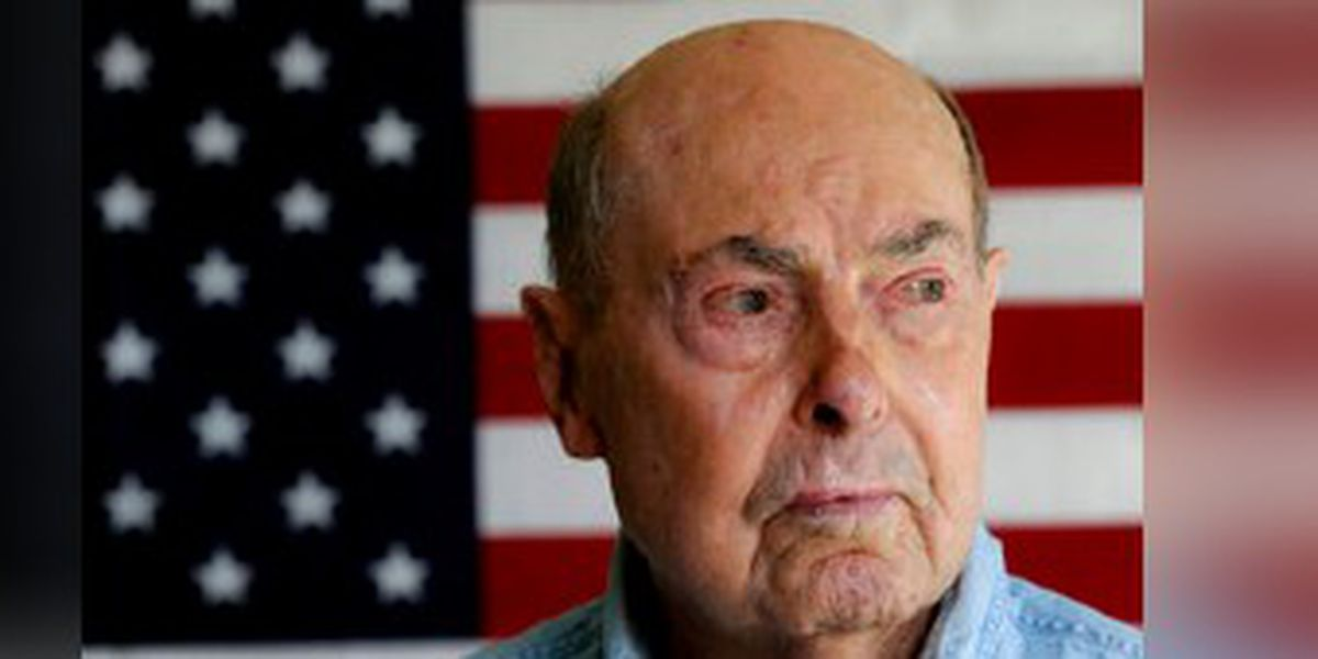 Ray Lambert, D-Day survivor, WWII torch bearer, dies at 100 at N.C. home