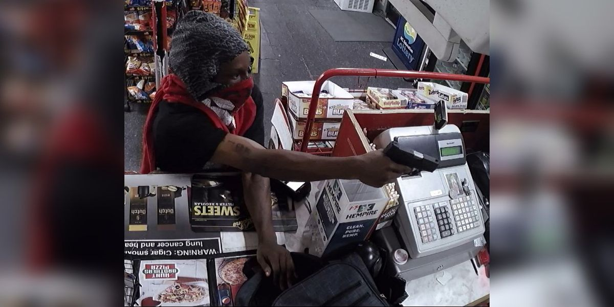 Police: Armed man with identifying tattoo robs Gastonia store