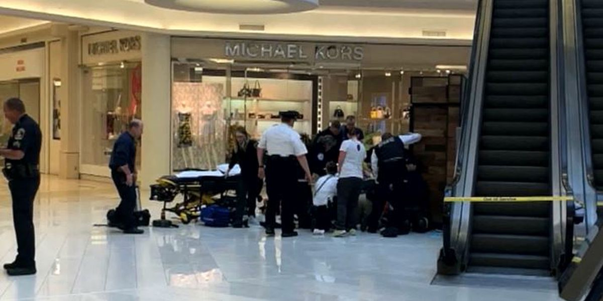 Boy Thrown Over Balcony At Mall Of America Showing Signs