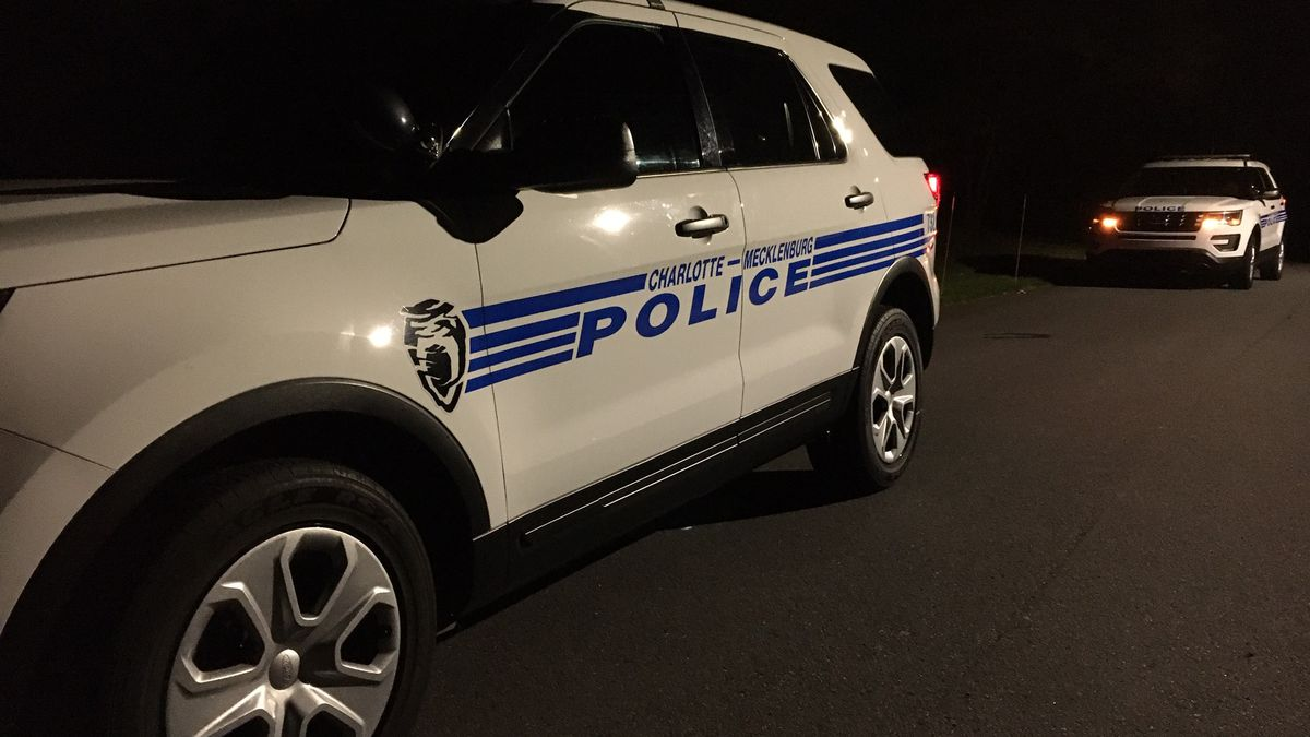 Person seriously hurt in east Charlotte stabbing