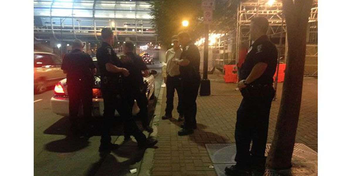 Uptown officers catching cell phone thieves in the act