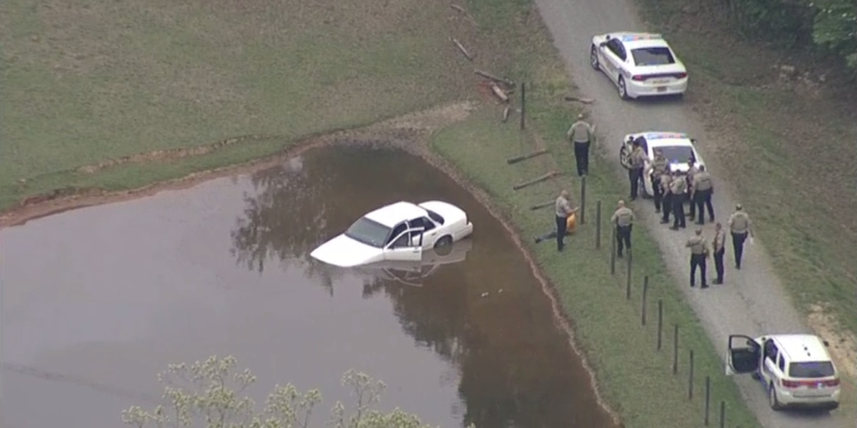 3 detained, car plunges into water after leading police helicopter from Charlotte to Union County